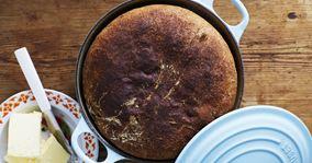 Grydebrød med grahamsmel og valnødder