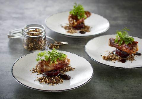 Gourmet tapas med okse og rødbede