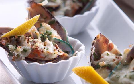 Muslinger med hvidløg og ost