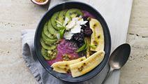 Smoothie bowl med brombær