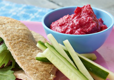 Pink puré til pitabrød