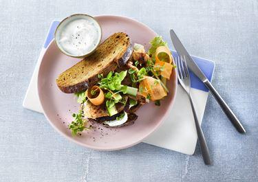 Sandwich med skinkemignon og dadler