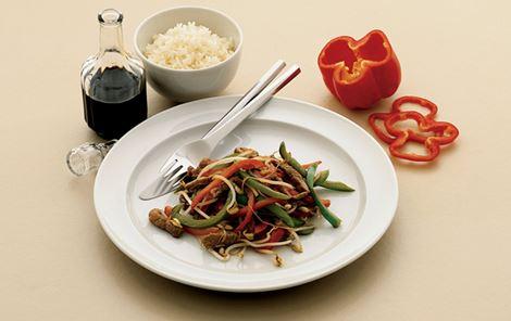Svinekød med grøntsager