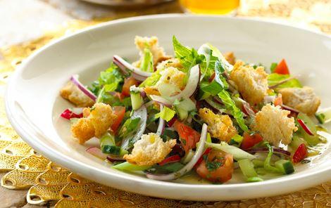 Fattoush - ristet brødsalat
