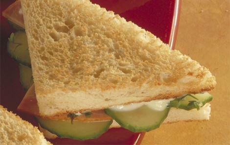 Sandwich med skinke og karse