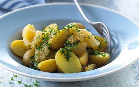 Nye Kartofler Med Kaviar Opskrifter Arla