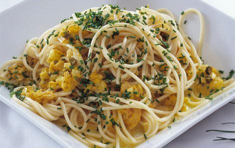 Varm tunsauce til pasta