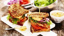 Kyllingesandwich med karrydressing