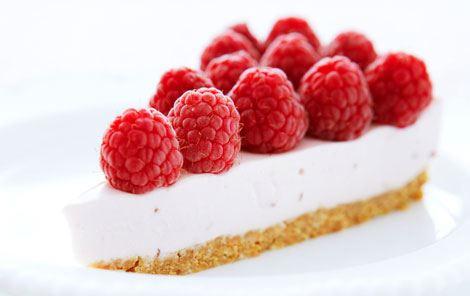 Tærte med hindbærpanna cotta
