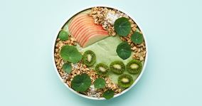 Smoothie bowl med skyr, avocado og spinat