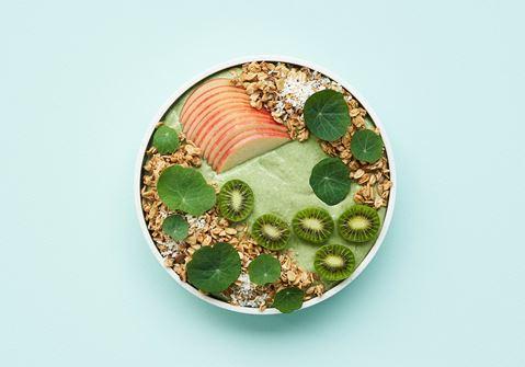 Smoothie bowl med skyr, avocado og spinat