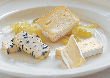 3 slags ost med fennikelkompot