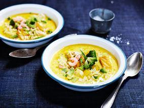 Fiskesuppe med torsk, laks og rejer