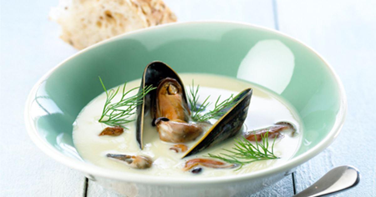 Aspargessuppe med muslinger og noilly prat - Opskrifter - Arla