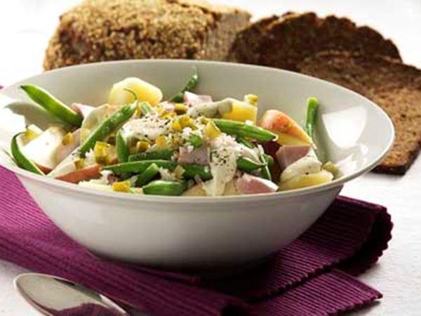 opskrifter og billeder af kold kartoffelsalat fra Karolines Køkken®