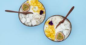 Skyr med kokos, mango og passionsfrugt
