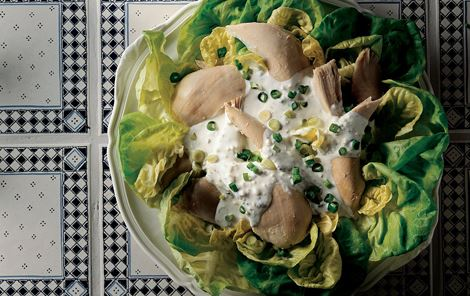 Kold høne med cremefraichesauce