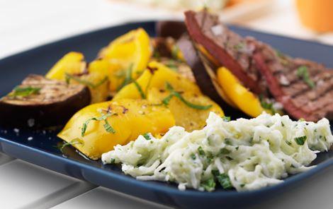 Melontzatziki til grillet grønt og kød