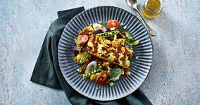 Salat med karry-rug og stegt paneer