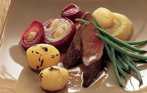 Kronhjortemørbrad og kartoffelpakker