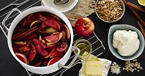 Hyldebærsuppe med æbler