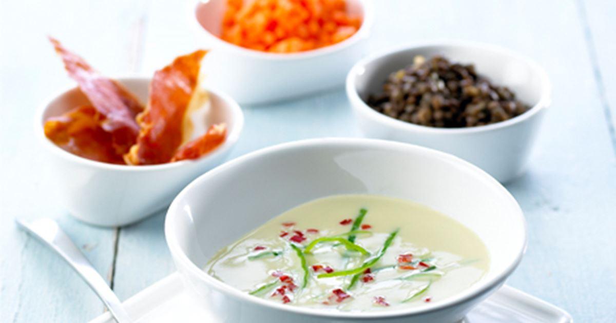 Fyldig aspargessuppe - Opskrifter - Arla