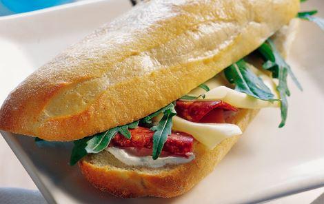 Flute med ost og peperoni