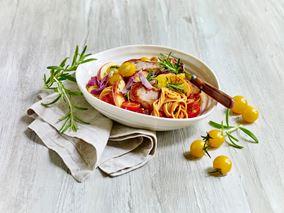 Spaghetti med mørbrad, tomat og æble