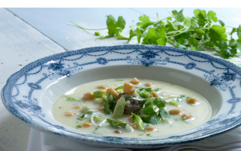 Persisk yoghurtsuppe
