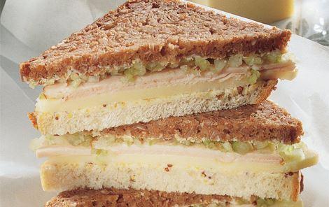 Sandwich med ost og kalkun