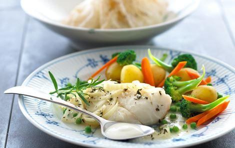 Hvidløgsfisk bagt i pakker