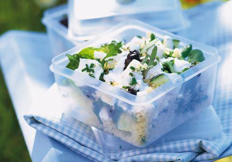 Kreikkalainen-couscoussalaatti