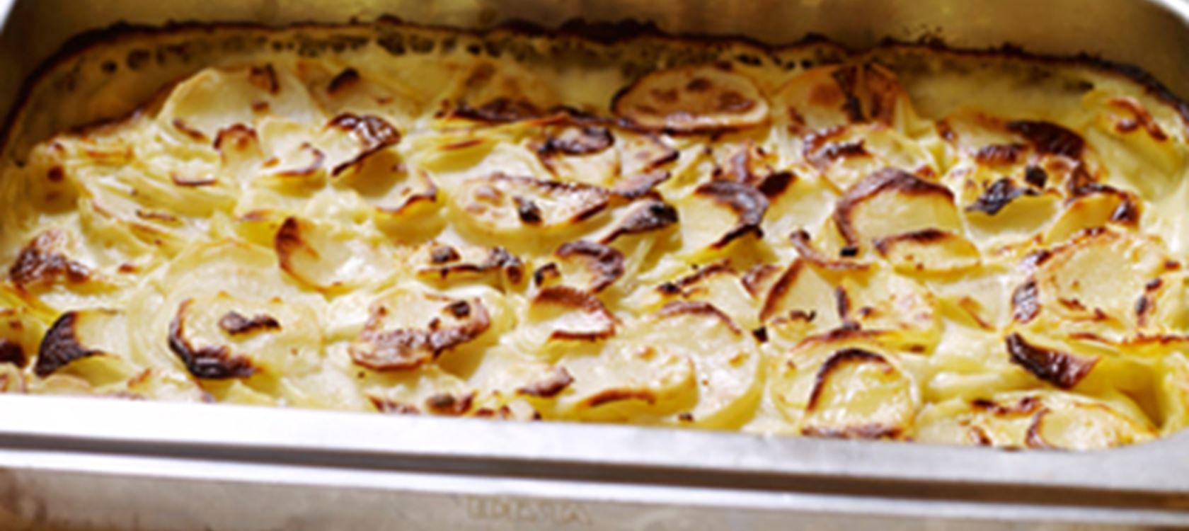 Juustoinen peruna-jauhelihavuoka