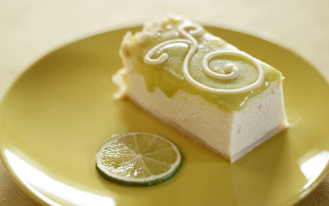 Limejuustokakku