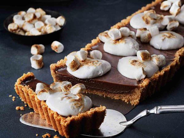 Suklaapiirakka vaahtokarkeilla