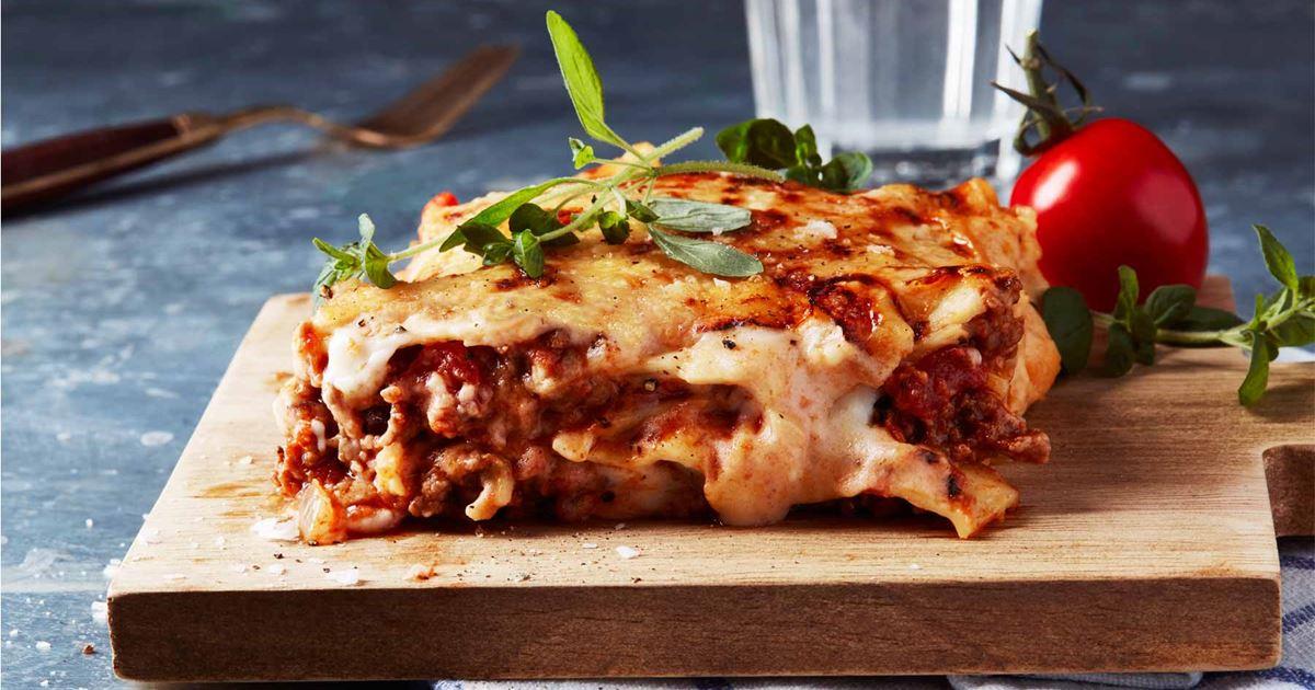 Ruokanurkkaus: Itsetehty lasagne