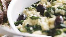Pinaatti-oliivirisotto