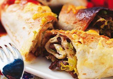 Enchiladat lihatäytteellä