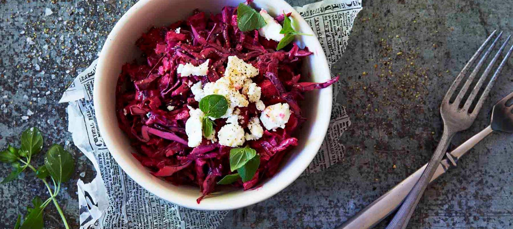 Punajuuri coleslaw