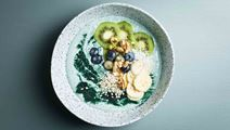 Spirulina-smoothie bowl