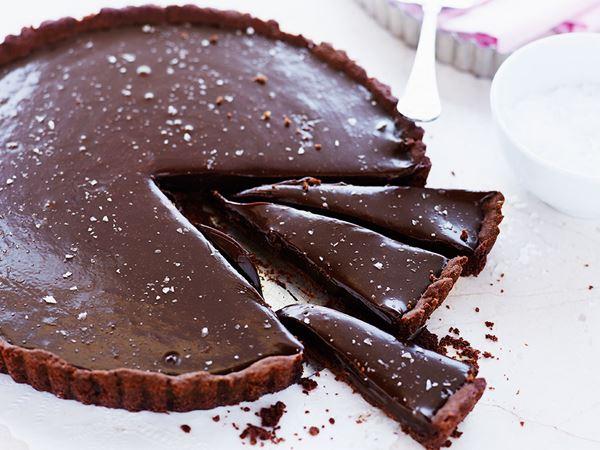 Suklaa-kinuskipiirakka