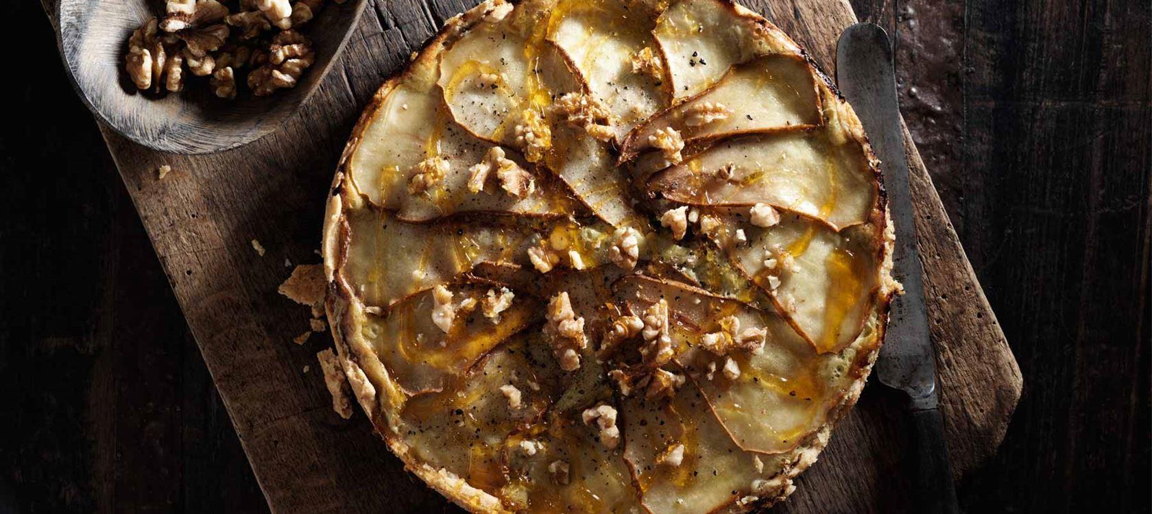 Homejuusto-päärynäpiirakka