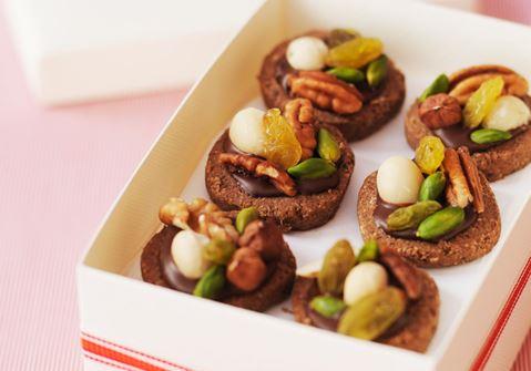 Suklaa-pähkinäleivokset