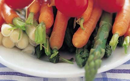 Vihanneksia ja Apetina juustocréme