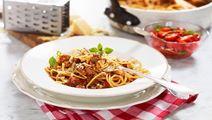 Spagettia ja jauhelikastiketta