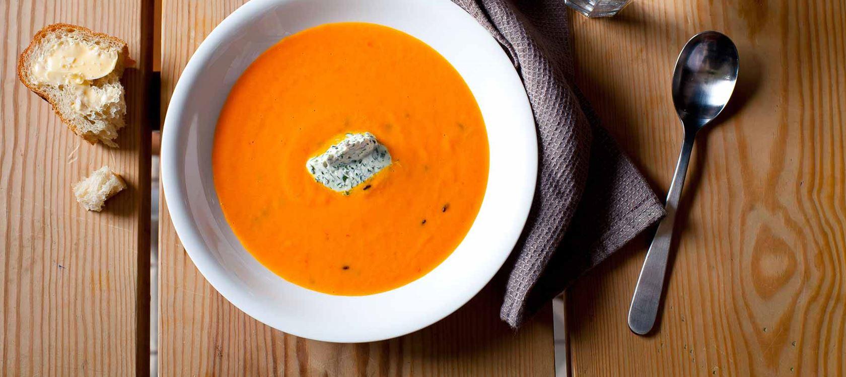 Chili-porkkanasosekeitto