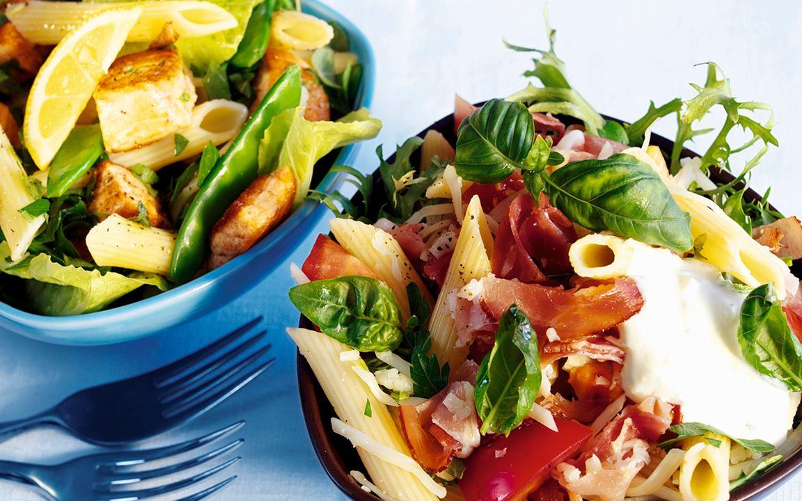 Muunneltava lämmin pastasalaatti