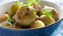 Karamellisoidut sipulit