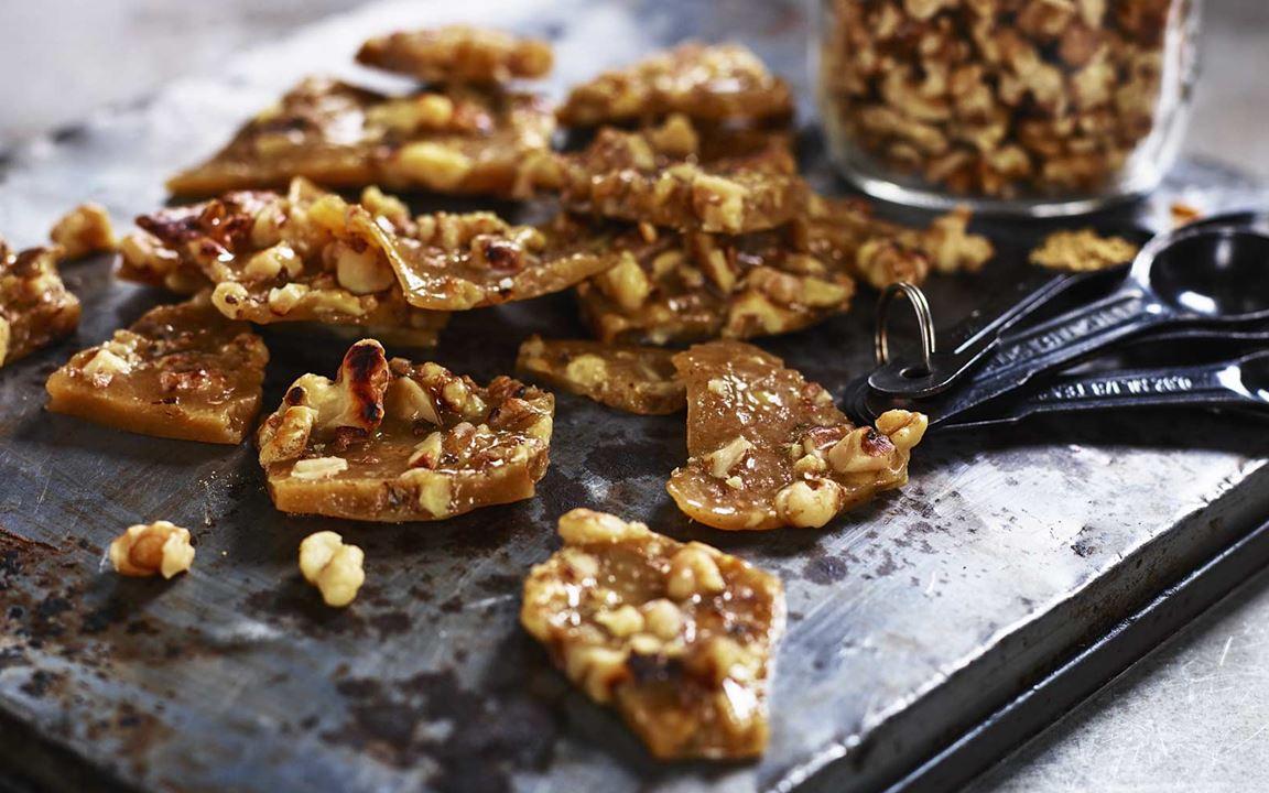 Inkivääri-saksanpähkinäkaramellit