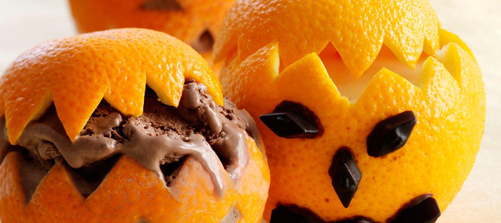 Appelsiinista tarjoiltu appelsiinismoothie
